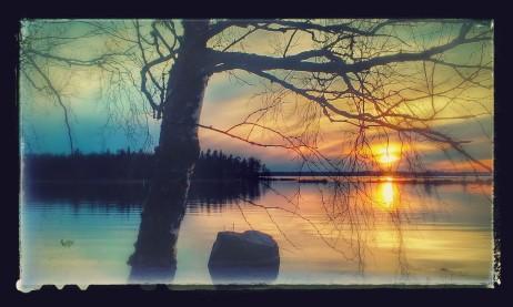 Ilta-aurinko Mullinlahdella